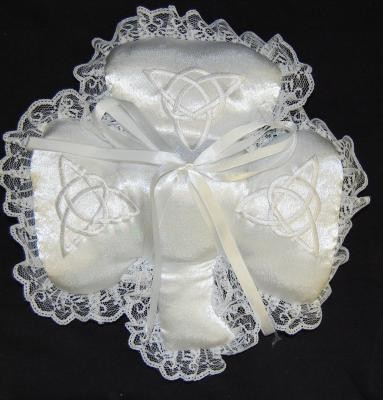Shamrock Wedding Pillow with Trinity Knot