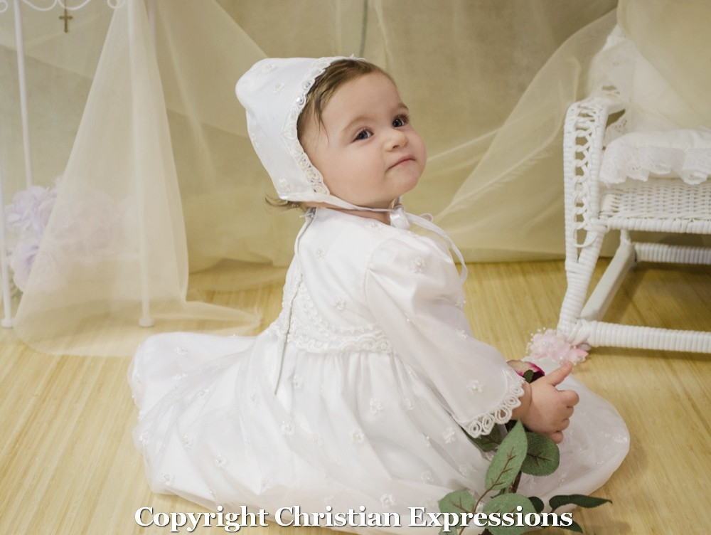Girls Irish Shamrock Christening Gown 23