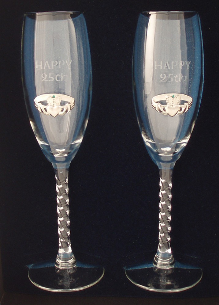 Irish Champagne Flute Glasses 25th Anniversary Silver Pewter Claddagh Emblem