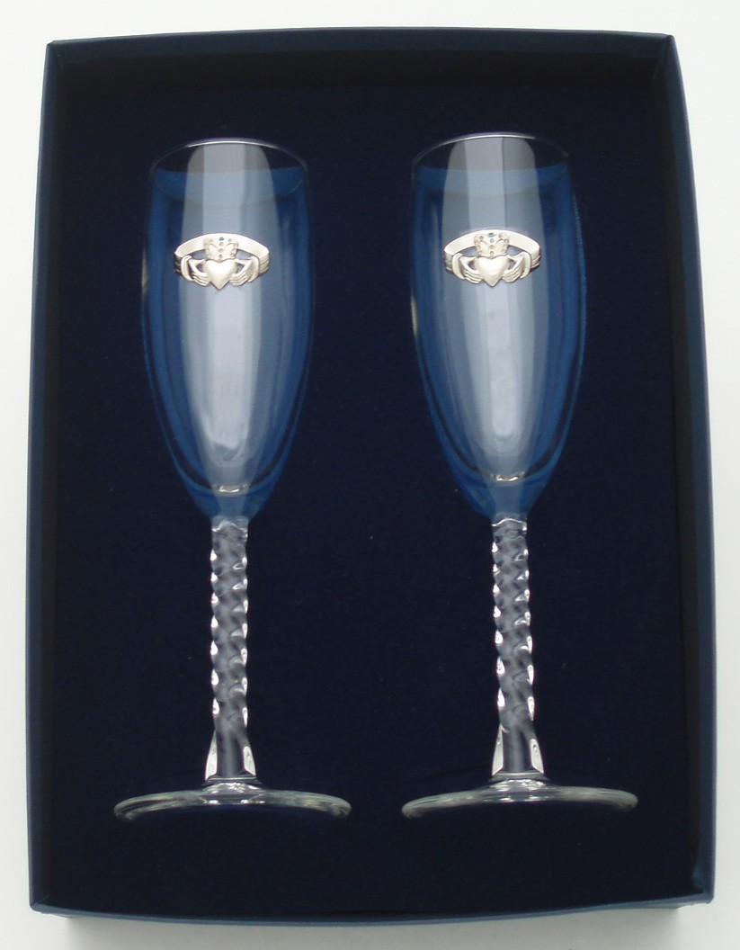 Irish Champagne Flute Glasses Pair Silver Pewter Claddagh Emblem