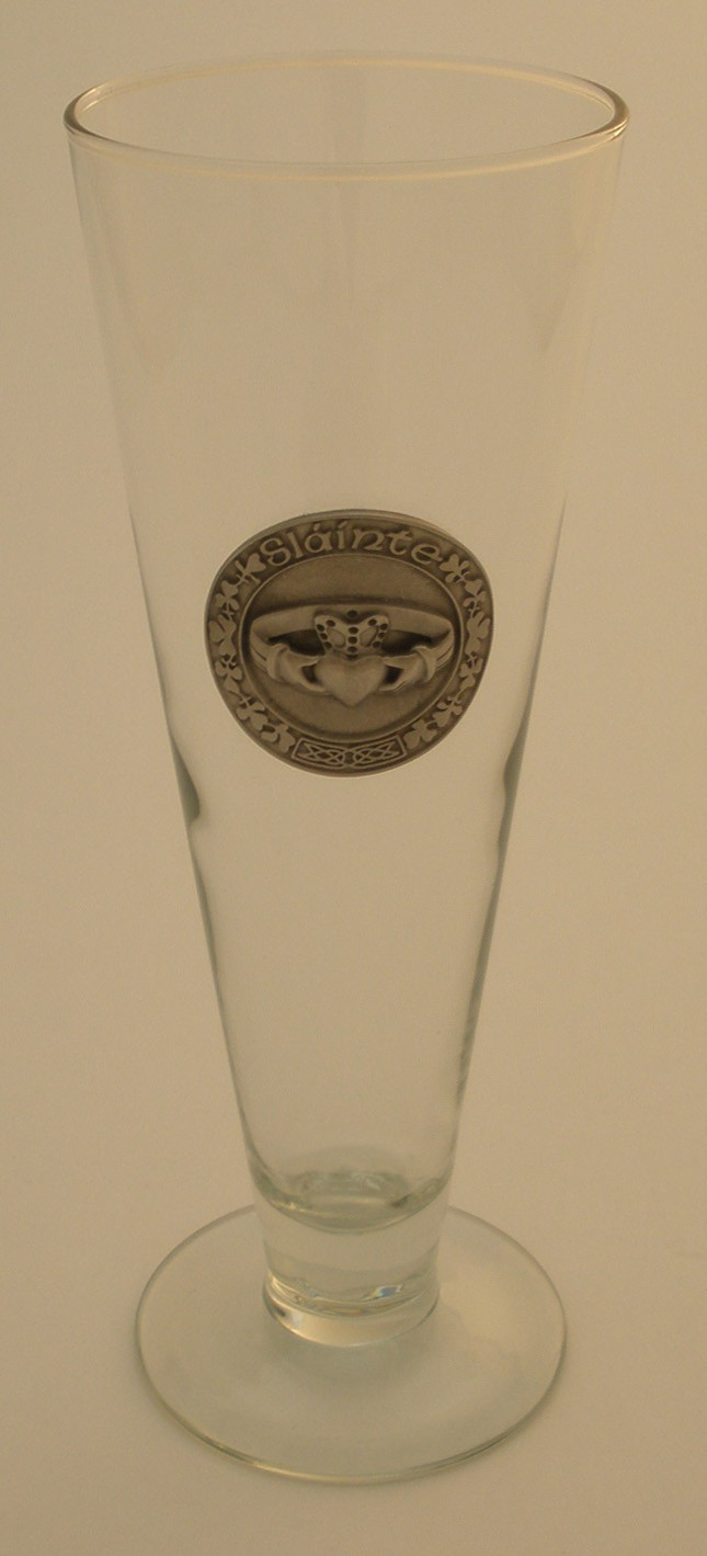 Irish Claddagh Pilsner 16 oz. Footed Beer Glass