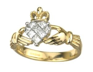 14k Gold Diamond Pattern Claddagh Ring