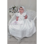 Girls Irish Shamrock Christening Gown 1