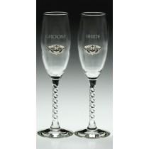Irish Champagne Flute Glasses Bride and Groom Silver Pewter Claddagh Emblem
