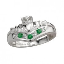 Ladies Irish Wishbone Claddagh Ring