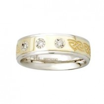Two Tone Diamonds Etched Ladies Irish Celtic Wedding Band
